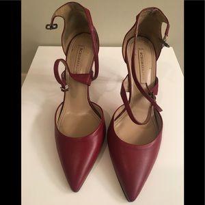 BCBGmaxazria red leather strappy heels 9